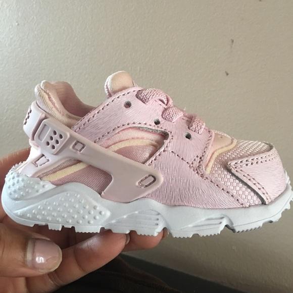 Brand New Nike Infant Huaraches
